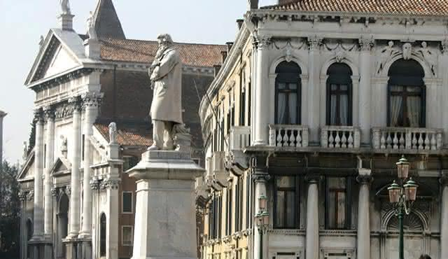 Interpreti Veneziani: Violons à Venise