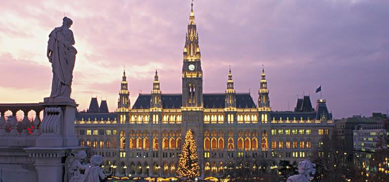 Wiener Rathausplatz © Viennaslide