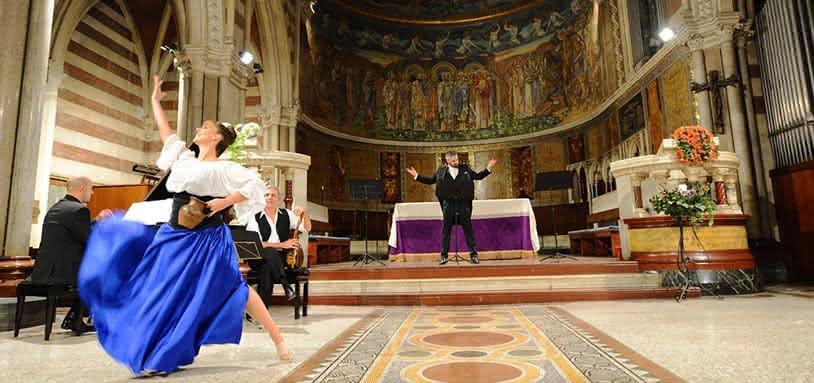 Trois ténors, arias d'opéra et ballet de Napul'è avec dîner à Rome